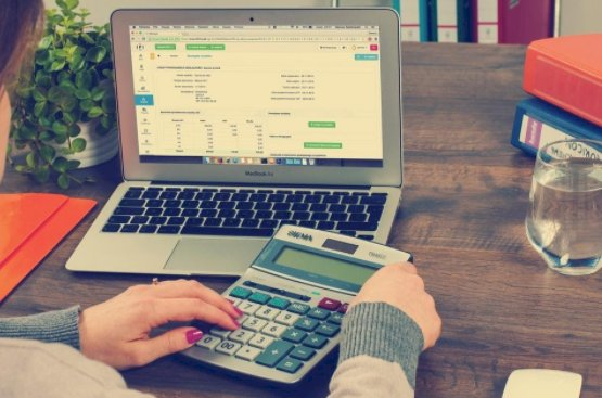 When you should ditch your bookkeeping service and invest in ERP